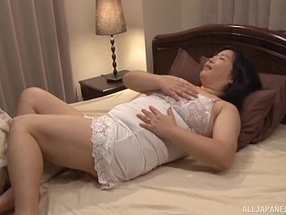 Charming grown-up Yuuko Ishibashi spreads say no to limbs to be fucked