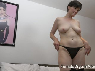 Piping hot MILF Masturbating Fleshy Pussy thither